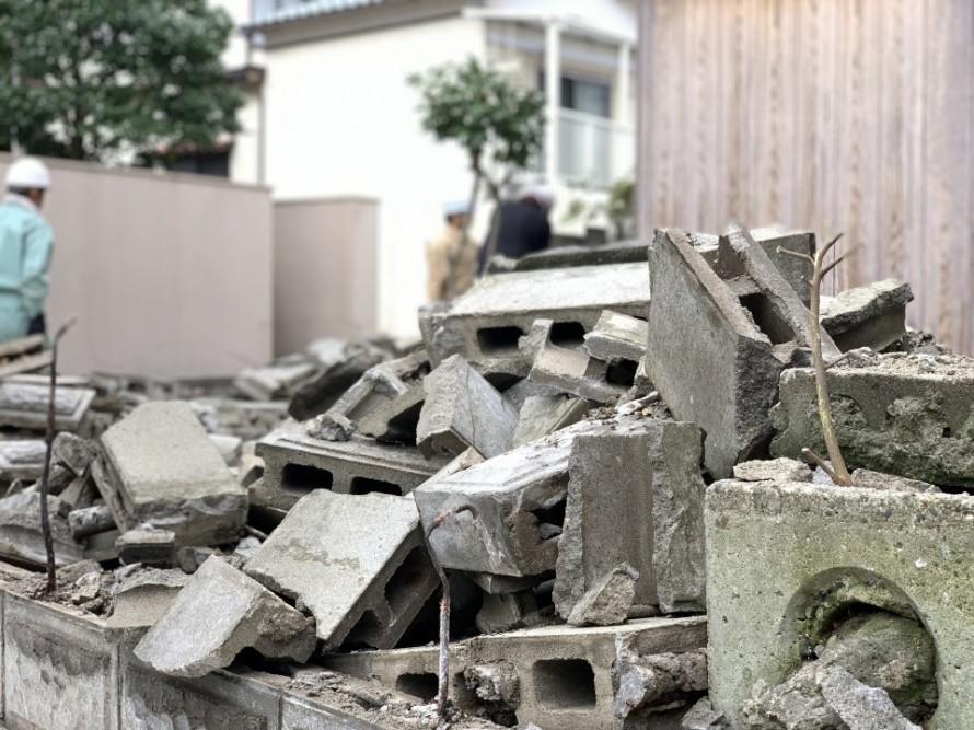 新潟市の補助金を利用した危険なブロック除去