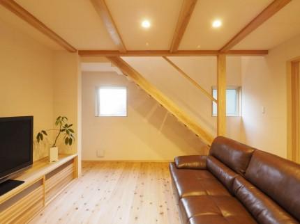 階段下スペースの活用方法