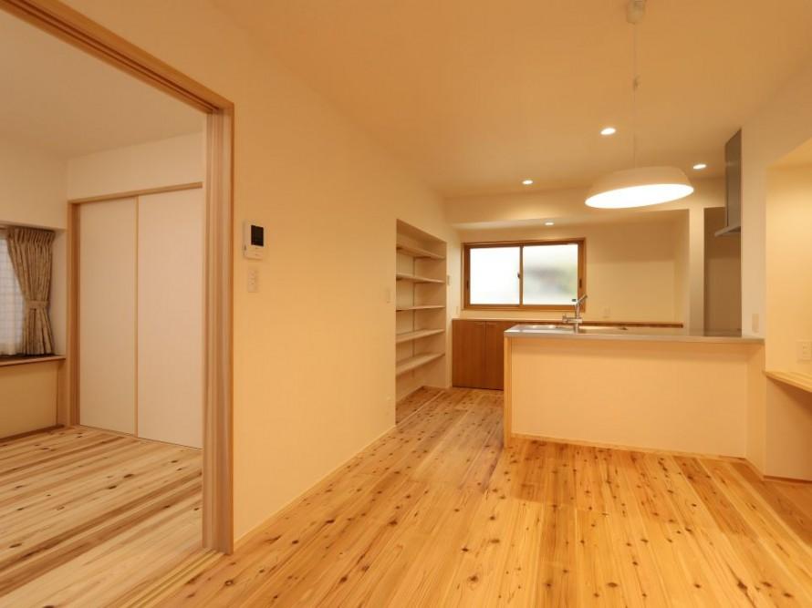 自然素材と断熱改修で暖かい住まいに。新潟市秋葉区 LDK寝室リフォーム工事
