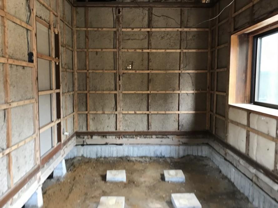 新潟市秋葉区にて浴室及び内装改修工事が始まりました!