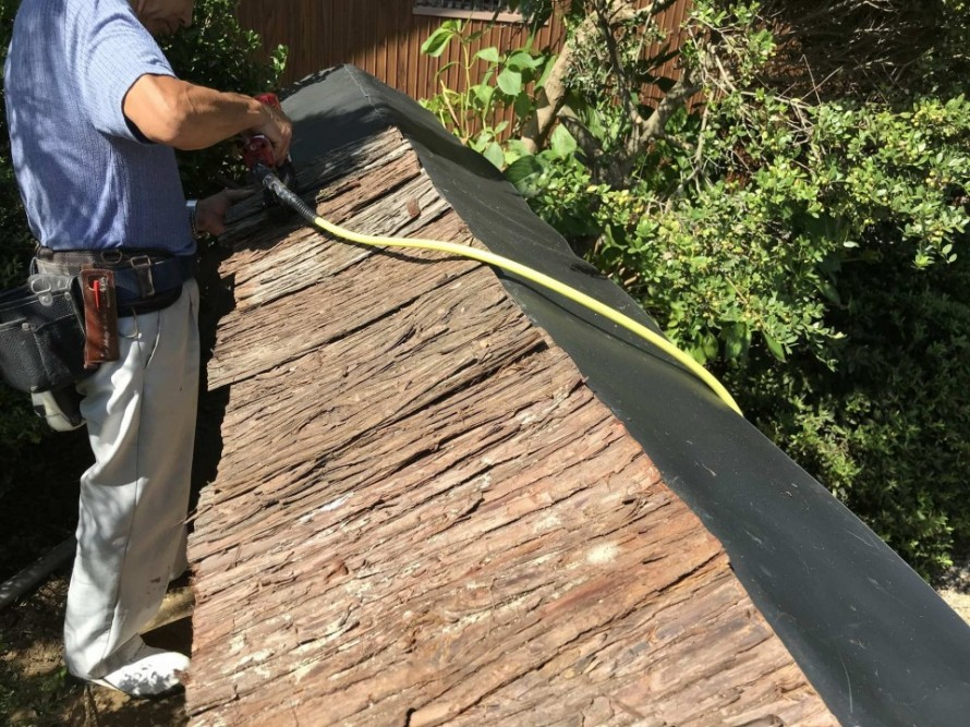 和風木塀造り替え工事の流れと塗料について