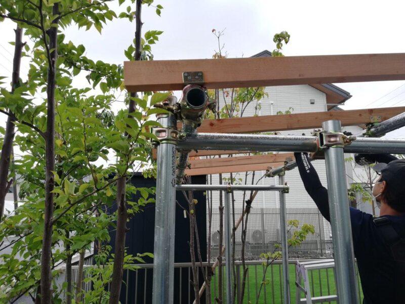 単管薪棚造作4