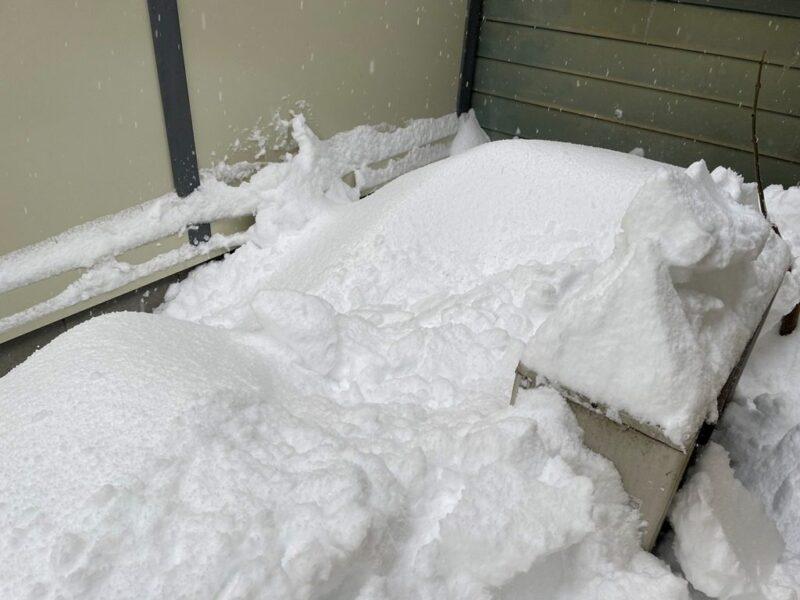 冬に起こるトラブル対策をしよう!水道管凍結防止と室外機周辺の環境整備